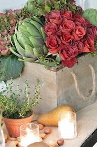 Καφάσια με συνθέσεις ζαρζαβατικών και λουλουδιών