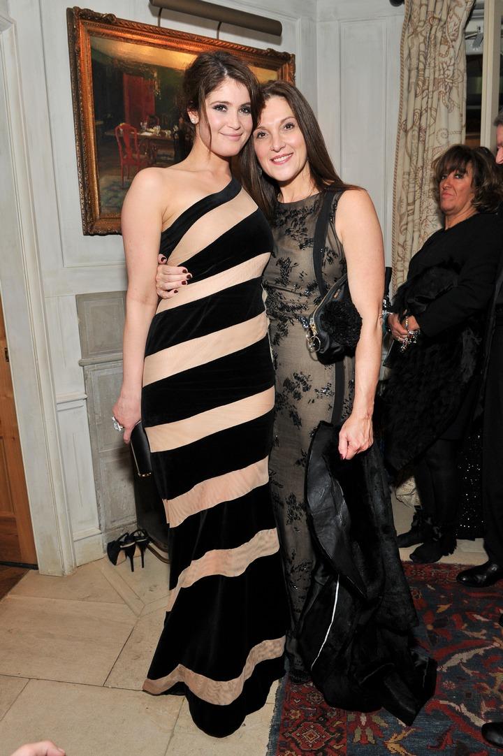 H Gemma Atterdon με Celia Critharioti Haute Couture...