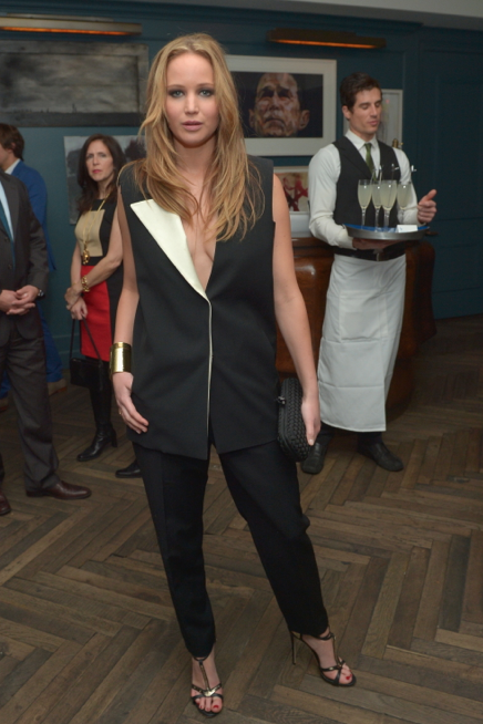 Joan Rivers, τι έχεις να πεις για αυτή την εμφάνιση της Jennifer Lawrence;