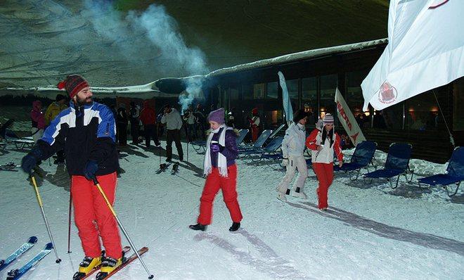 Το Ice Bar , για ένα κονιάκ μετά από το νυχτερινό σκι!