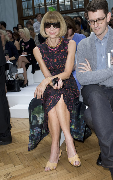Celebrities+Front+Row+London+Fashion+Week+DSuCOx0qakwl