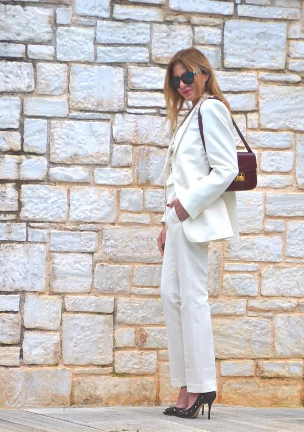 Η blogger Νίνα Παπαϊωάννου