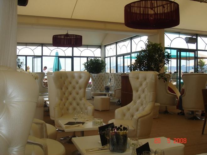 Το lounge του Nikki Beach...