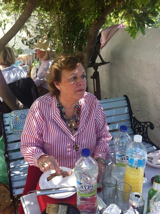 Η Νάντα Γερουλάνου, από τις παλιότερες και καλύτερες οικοδέσποινες της Πάτμου....