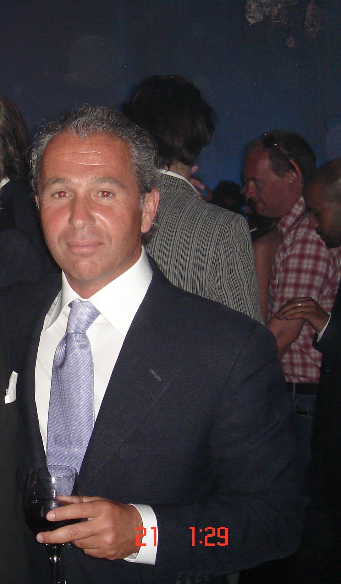 Ο Ronie Davidoff...Billionaire, με συγκλονιστικό χιούμορ και ακόμη πιο συγκλονιστικά χαμηλό προφίλ...