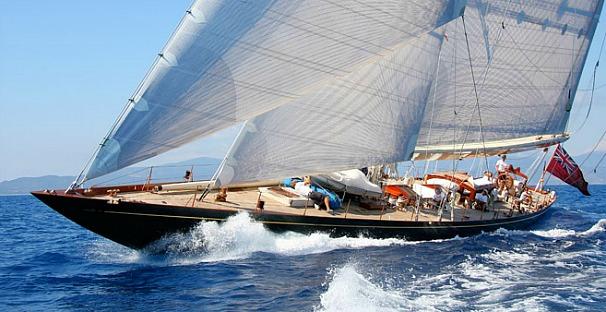 """Το """"Shamrock V"""" θα αγωνιστεί για πρώτη φορά στο Spetses Classic Yacht Race"""
