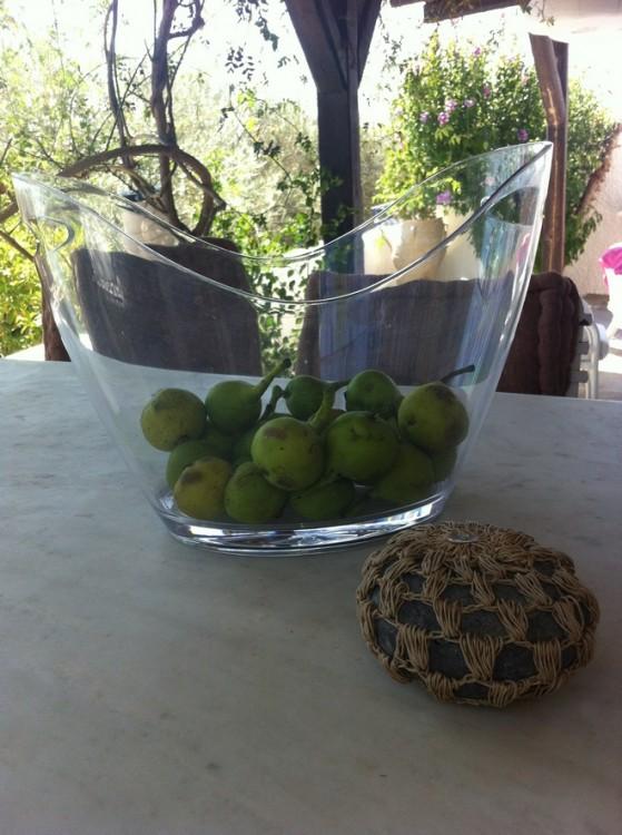 Αχλάδια από τον κήπο της Σίας...
