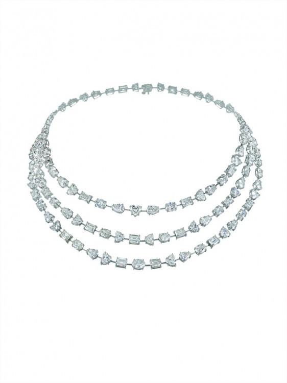 Diamonds necklaceOK