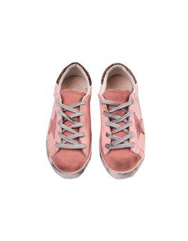 """Και τέλος, τα απόλυτα sneakers! Golden Goose Deluxe Brand """"Super Star"""", 152 euro"""