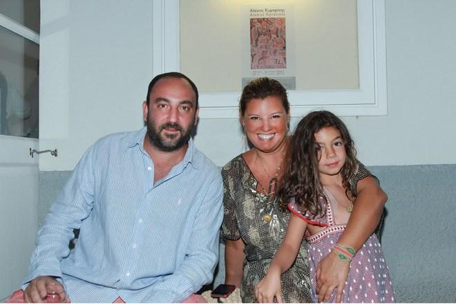 Κλείνοντας την αυλαία του Ιουλίου, με τον Νικόλα και την Ελμίνα...