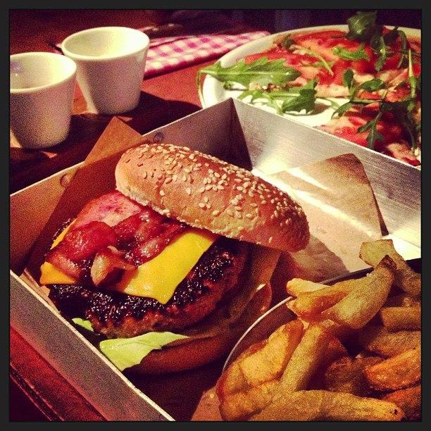 Brico Burger...