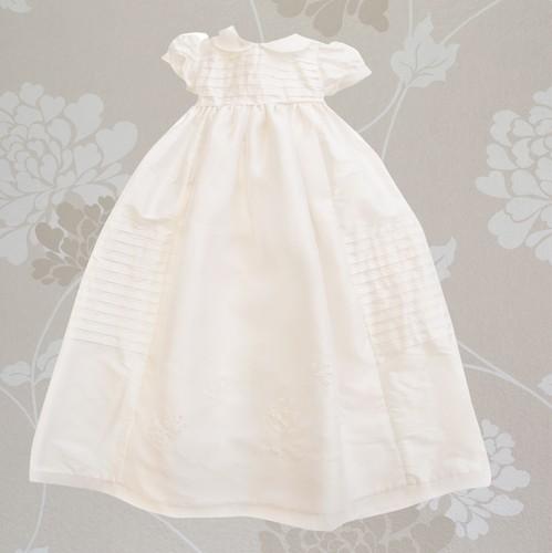 Ολομέταξο φόρεμα από σαντούκ...