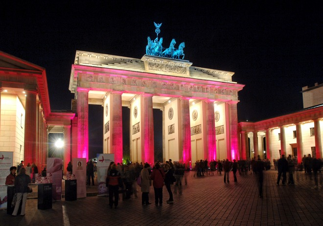 Berlin, Brandenburger Tor Gate...