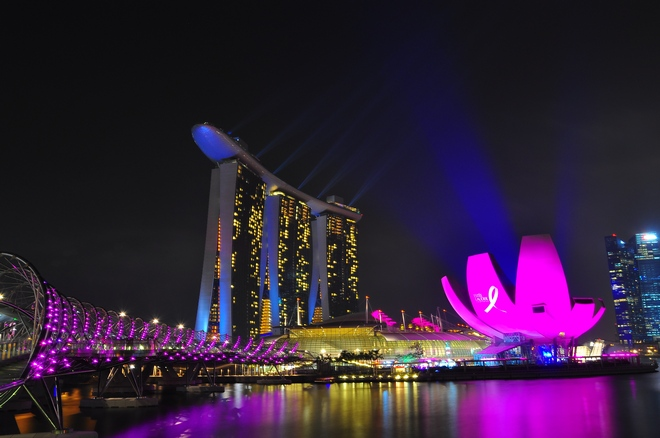 Singapore, Marina Bay Sands Museum & Bridge...