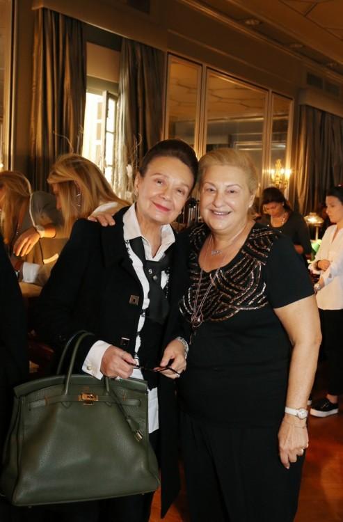 Άννη Πετράκη, Μπέκη Στραβελάκη