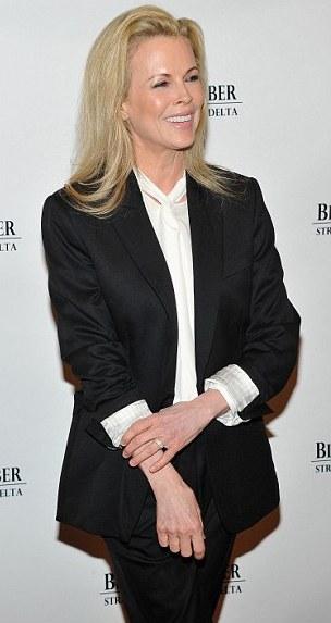 ...Και η Kim Basinger!