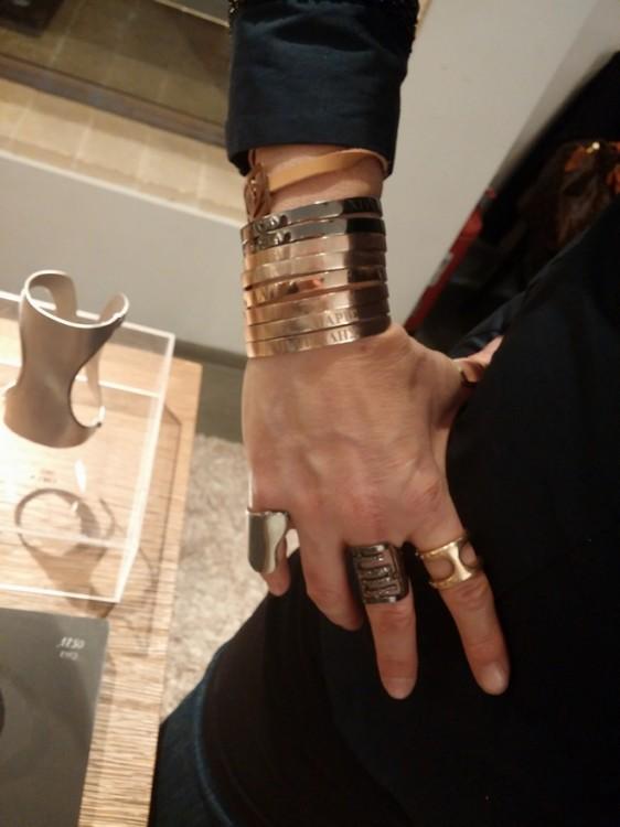 Και κάποιες από τις συγκλονιστικές δημιουργίες της στα χέρια της...