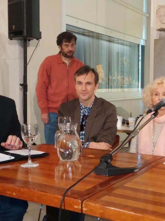 """Ο Shaun Benson, γνωστός από τις συμμετοχές του στις ταινίες """"Κ-19:The Widow Maker"""" της βραβευμένης με Όσκαρ Κάθριν Μπίγκελοου, και """"Popular"""" του Ρεζις Ρουενσάρ. Έχει καθιερωθεί από τον πρωταγωνιστικό ρόλο του επί σειρά ετών στο μακροβιότατο σήριαλ της αμερικάνικης τηλεόρασης """"General Hospital""""..."""