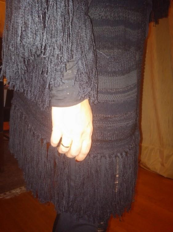 Με την ζακέτα του Ralph Lauren που βρήκα την περασμένη εβδομάδα στο Harvey Nichols -μαύρη φυσικά...