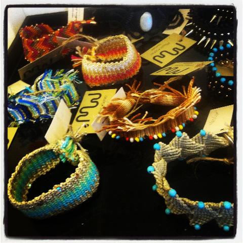 Δεν χρειάζεται πλέον να ζητάω από την Αντωνία Καρρά να μου στέλνει τα κοσμήματα της με courier στις Σπέτσες....