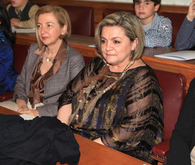 """Η Πρόεδρος του Σωματείου """"Μαζί για το Παιδί"""" Μαριλένα Μαμιδάκη"""