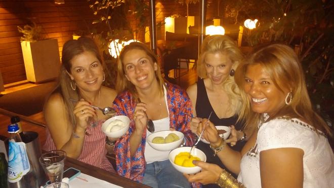 Με την Σαλώμη Φλουτάκου, την Μαρίλη Φίλιου και την Βανέσσα Γερουλάνου...The Game is on!!!!!!