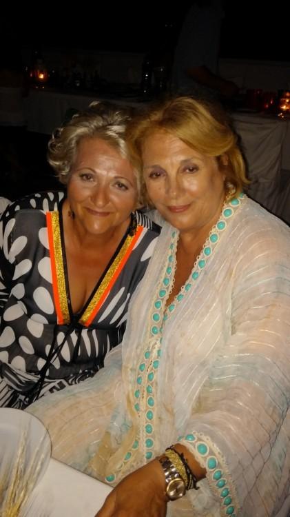 Πρώτες ξαδέλφες...Όλγα Μπονέλη, Ελμίνα Μπέη