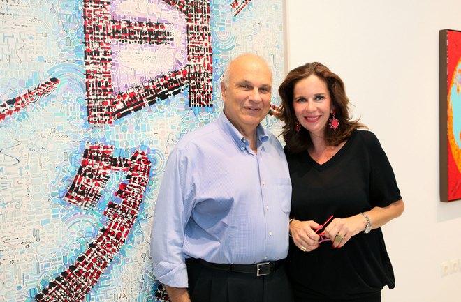 Ο Καθηγητής του Harvard και President του Κολεγίου Αθηνών, Σπύρος Πολλάλης με την διευθύντρια της Γκαλερί και Ιστορικό Τέχνης, Τατιάνα Σπινάρη-Πολλάλη