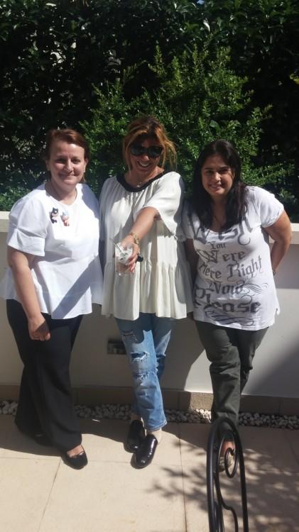 Με την Μάρη Κωνσταντινίδη και την Έφη Έλληνα λίγο πριν αναχωρίσω από τον παράδεισο του Frank Ze Paul για τα επόμενα ραντεβού μου...