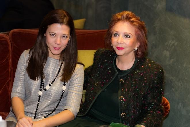 Sofia Konstarelou, Chrisanthi Laimou