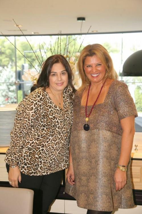 Με την Έφη Έλληνα, ιδιοκτήτρια της αγαπημένης μου Boulangerie, που φρόντισε έως και τη τελευταία, έως και την πιο μικρή λεπτομέρεια για τα 44α γενέθλια μου. Σε ευχαριστώ Εφάκι!