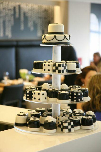 The cake!!!! Η Haute Patisserie στα καλύτερα της...