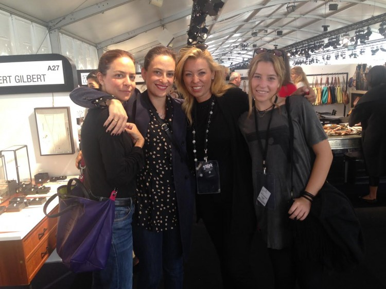 Business & Pleasure! Μαρία Ελένη Λύκου, Εμαννουέλα Λύκου, Φανή Σαραντοπούλου, Χριστίνα Σαραντοπούλου