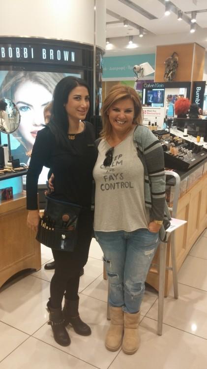 Με την Make up Artist, Ιωάννα Μπακάλου, η οποία με βοήθησε να βαφτώ. Θεά, και φανατική αναγνώστρια του Fay's Control!