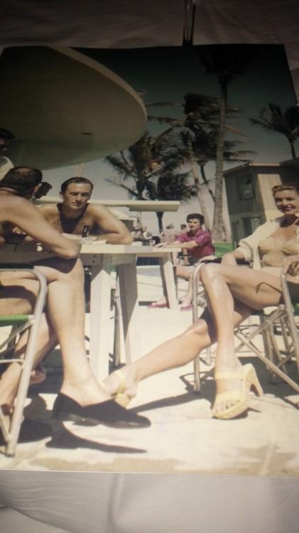 Η φωτογραφία του καταλόγου σε ταξιδεύει στη Νότια Γαλλία των '50s...Το ίδιο και η μουσική του Balena