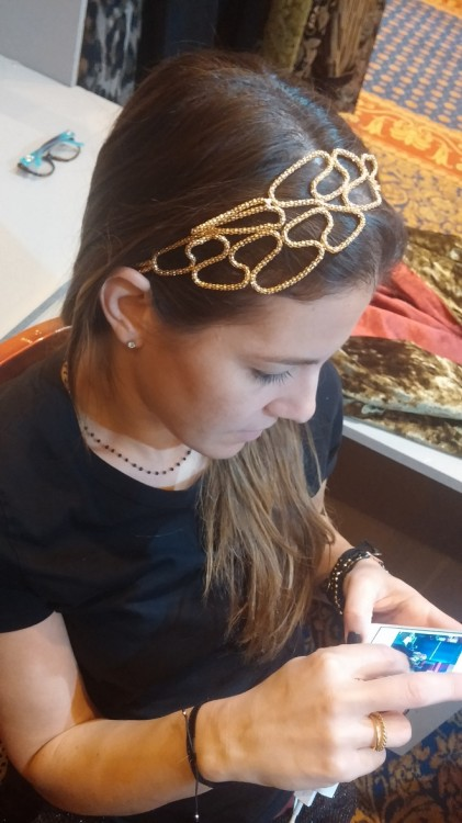 H Σταματία με υπέροχο headband της Vanile on the Rock!