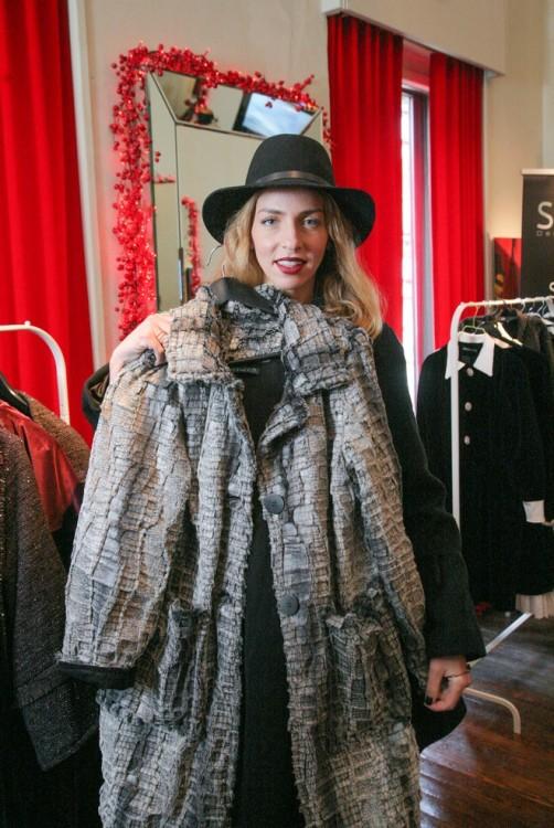 Και με το πιο popular coat της Velvet Collection!