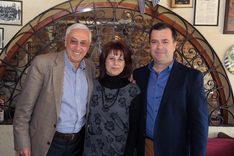 Νίκος Καλογιάννης, Βάιος και Βιβή Βασδαβάνου