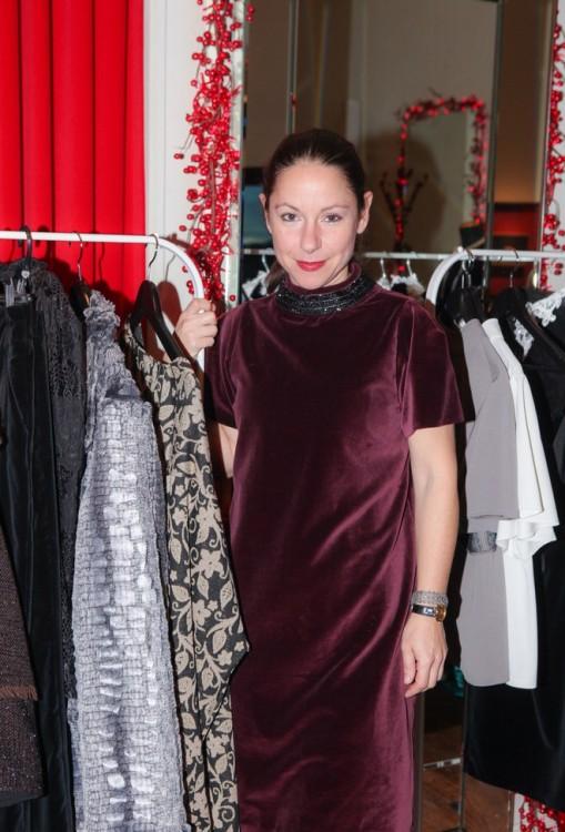 Η αγαπημένη μου Ζωρζέτ Ζολώτα με το Burgundy Dress! Like it?