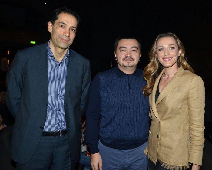Rahman Mustafayer (πρέσβης Azerbaijan), Sergey Nurtaev (πρέσβης Καζακστάν) και η Κάτια Ζυγούλη