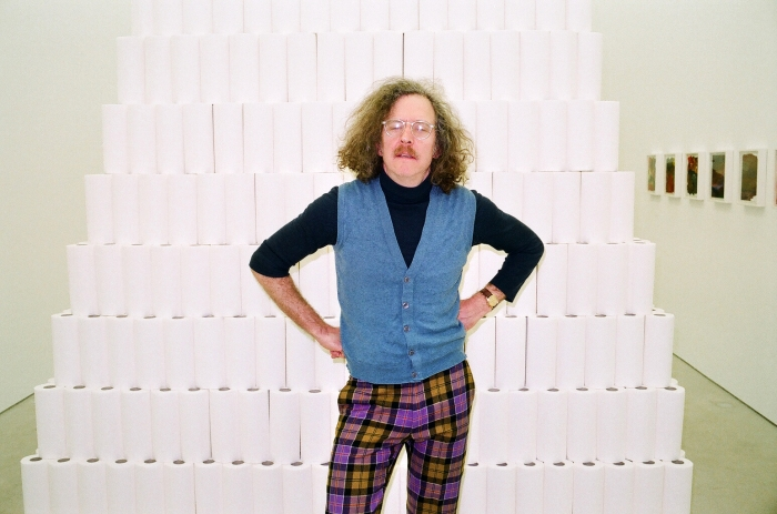 Martin Creed, les yeux fermes copie_700_0_resize