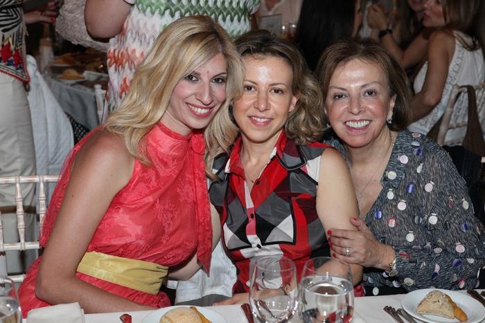 Αλεξάνδρα Καλύβα, Μαρίνα και Νίκη Γιαβρόγλου