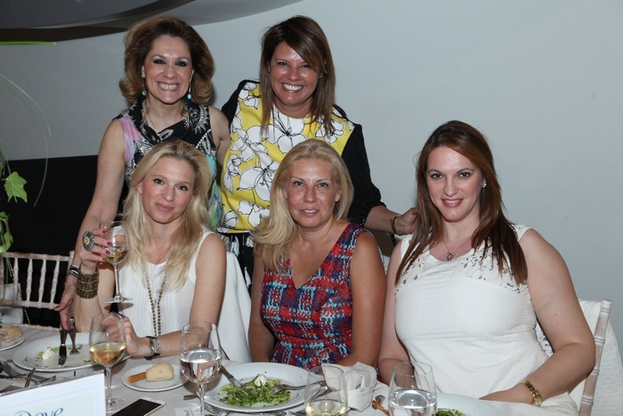 Τζίνα Θανοπούλου, Φαίη Μπέη, Βανέσσα Γερουλάνου, Λίλιαν Βαρβιτσιώτη, Χριστιάνα Λατάνη