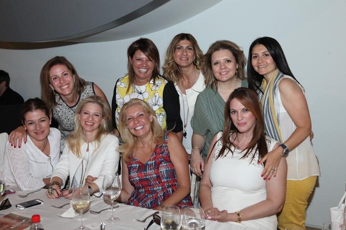 Μαρίλυ Καλαβρού, Φαίη Μπέη, Δέσποινα Πολυχρονοπούλου, ΕιρήνηΓεωργίου, Σαλώμη Φλουτάκου, Βανέσσα Γερουλάνου, Χριστιάνα Λατάνη