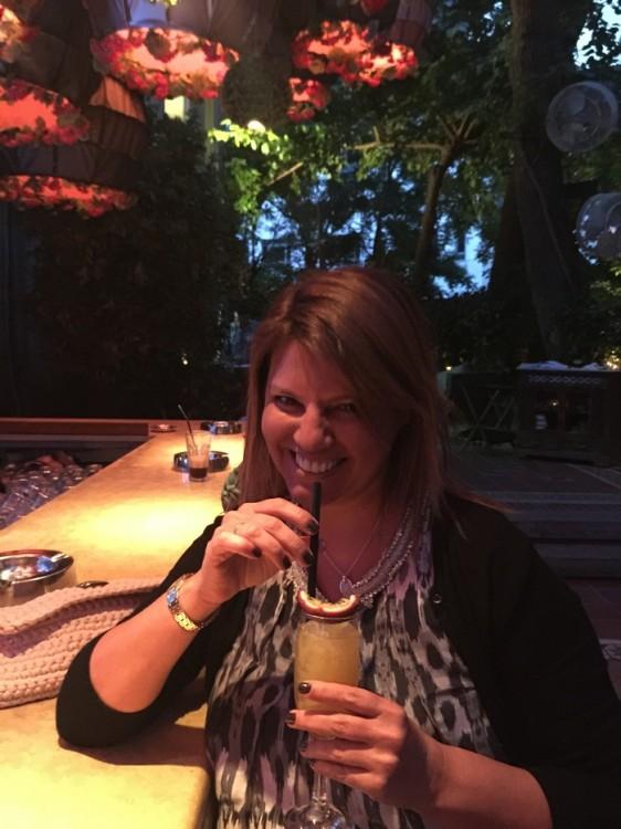 Το welcome cocktail είναι συγκοονιστικό. Ok, δεν λέω τίποτα καινούργιο, ναι, το Balthazar έχει τα καλύτερα cocktail της Αθήνας. Με πολλές θερμίδες μεν, τα καλύτερα δε...