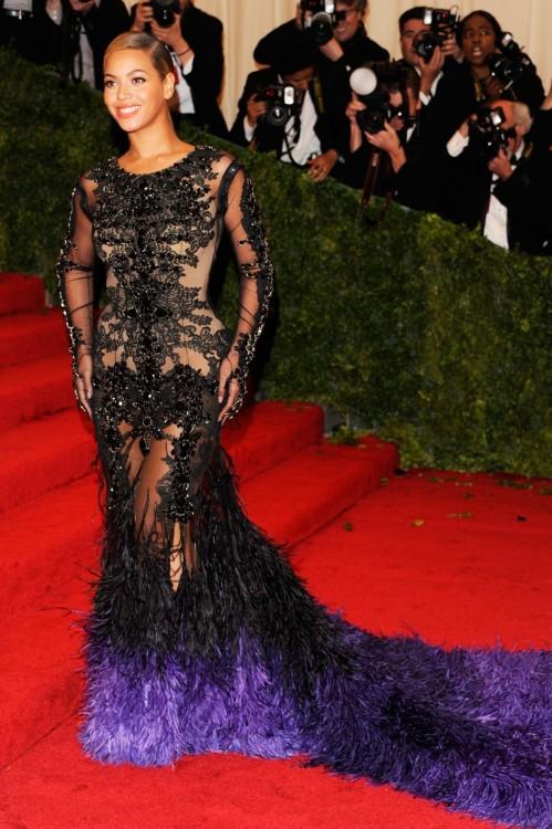 Η Βeyonce με Givenchy Haute Couture