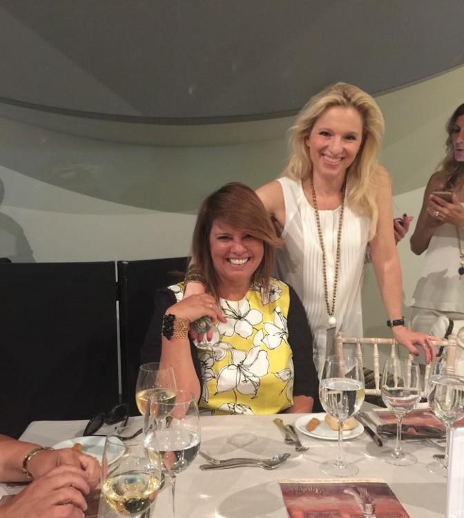 Με την Βανέσσα Γερουλάνου, η οποία φοράει το πιο α-γα-πη-μέ-νο μου pendant της φετινής Συλλογής Vanile on the Rock!!!