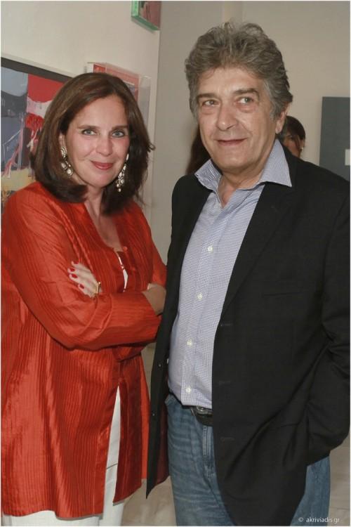 Η Διευθύντρια της Gallery Citronne και ιστορικός τέχνης, Τατιάνα Σπινάρη – Πολλάλη με τον γλύπτη Κώστα Βαρώτσο