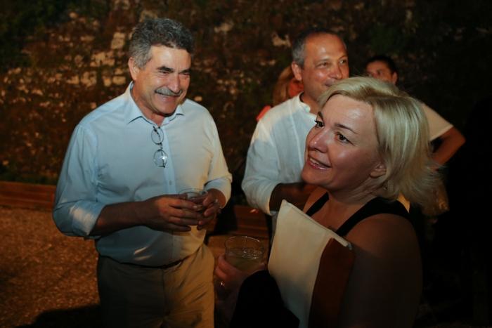 Ο Δήμαρχος Κέρκυρας Κωνσταντίνος Νικολούζος με τη Μαρίνα Κουταρέλλη στο Welcome Cocktail του CCYR2015