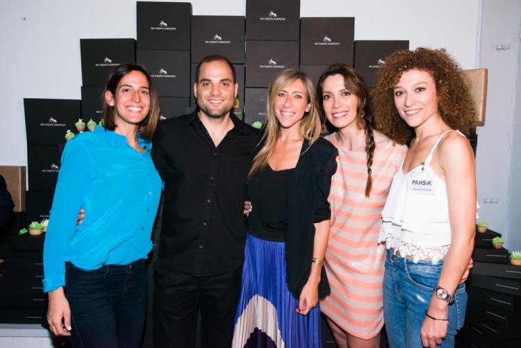 Η Μαρία Παπαθανασίου-Αρώνες, ο ιδιοκτήτης του WeCreateHarmony.gr Θανάσης Σοφιανός, η ιδιοκτήτρια της PANSiK Ναταλί Παναγοπούλου, η Δήμητρα Λαζαράτου και η Ευτυχία Παναγοπούλου της PANSiK